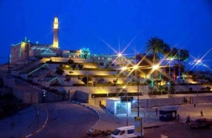 مسجد ومرقد النبي يونس قبل الهدم